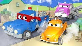 The SUPER TOW TRUCK ! - Carl the Super Truck in Car City   Children Cartoons