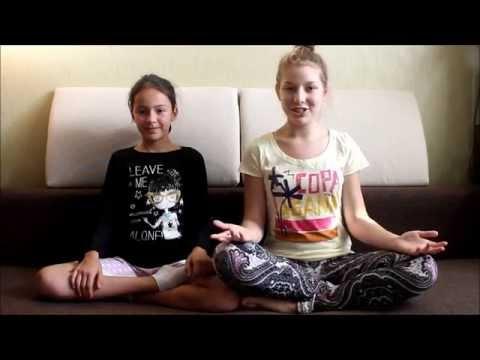 The YOGA challenge! / йога челлендж с сестрой