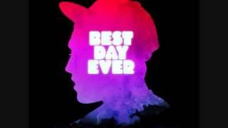 "Mac Miller Ft. Wiz Khalifa - ""Keep Floatin"" (CDQ)"