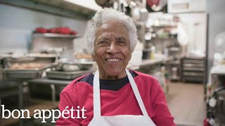 Meet The 93-year-old Woman Behind New Orleans Best Fried Chicken | Eat. Stay. Love.