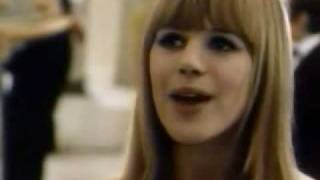 Marianne Faithfull- Hier ou demain