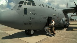 Flying Into the Eye of Hurricane Ike with the Hurricane Hunters - Angry Planet