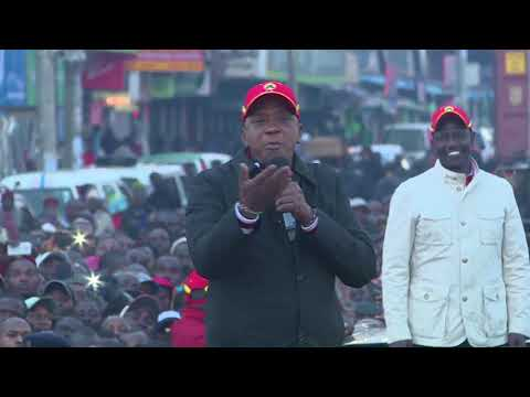 President Uhuru Kenyatta campaigns in Eldoret town, Uasin Gishu County.