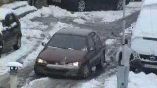 preview picture of video 'Caos en Aranjuez por la nevada 2009'