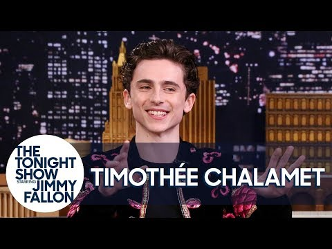 Timothée Chalamet Reacts to Being Photoshopped into Artwork Memes (видео)