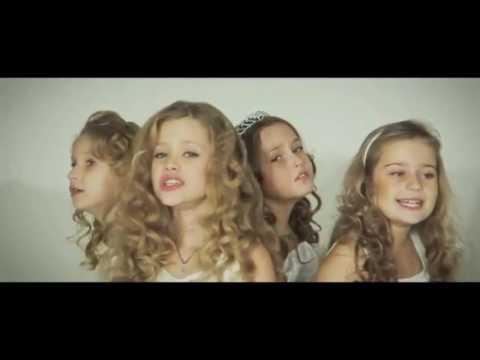 ЛУЧШИЕ ДЕТСКИЕ КЛИПЫ Подари маме песню и  ПАПЕ!!!