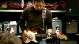 Guitar Center King of the Blues 2009 store finals - Carlos Walter