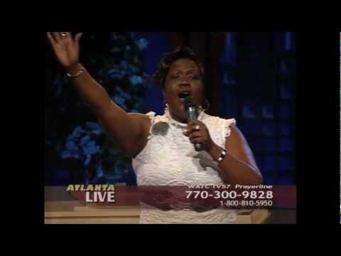 Ayanna Smith on Atlanta Live - Magnify (Cover) 6.18.2012.mov