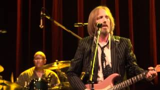 Tom Petty and the Heartbreakers - Here Comes My Girl Live at The O2 Dublin Ireland
