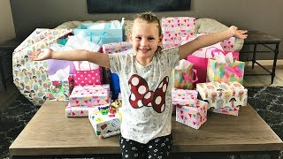 GWYNETHS 7TH BIRTHDAY PARTY | OPENING PRESENTS!