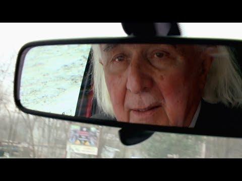 Az európai csúcstartó! Ismerje meg Pásztor Bélát, aki 53 éve Veresegyház polgármestere letöltés