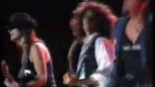 Bon Jovi & Aerosmith - Walk this Way (Live)