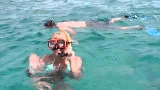 preview picture of video 'DeadMans Reef Snorkeling Freeport Bahamas - Dead Man's Reef Bahamas- BookATourCaribbean'