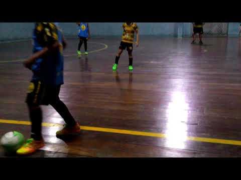 Eu jogando Bola na minha escolinha cotinguiba em Aracaju se