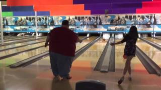 Fat Guy Bowling: Like A Boss