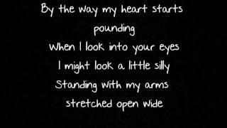 Scotty McCreery - I Love You This Big (LYRICS)