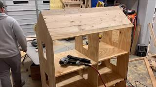 Custom Wooden Doll House (Timelapse)