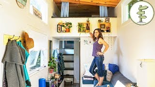 Woman Living in a Tiny House to Achieve Financial Freedom - Interview & Tour | Kholo.pk