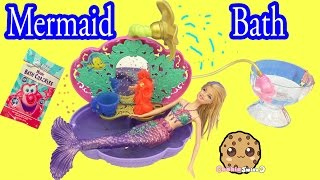Mermaid Barbie Doll Bath Time in Disney Princess Ariel's Bathtub + Magic Bath Crackles