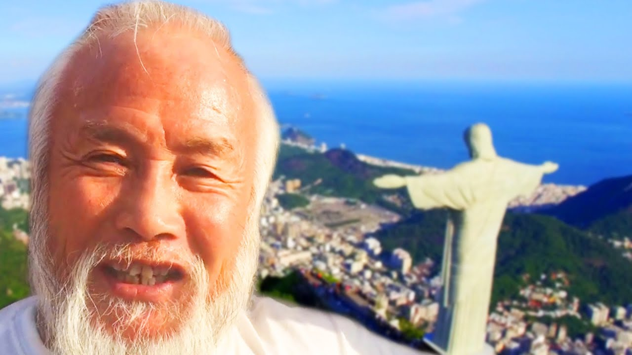A Man Traveled To 26 Countries In A Rickshaw thumbnail