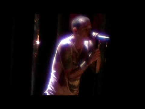 Linkin Park - In Pieces (Live from Wantagh, New York 2007)
