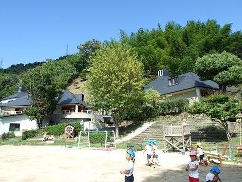 130905 06大護幼稚園の園庭と園舎内の様子