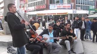 preview picture of video 'Ankara Kızılay Sakarya Caddesi Sokak Müzisyenleri 4'