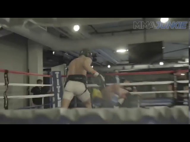 Raw video Conor McGregor and Paulie Maglinaggi sparring