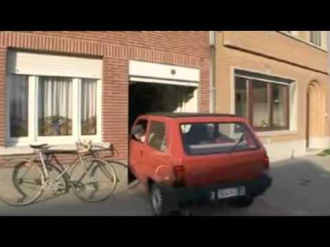 Pikkaisen ahdas autotalli! – Hyvin mahtuu