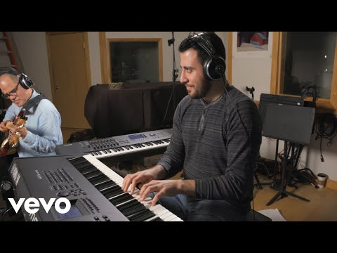 Giorgi Mikadze - Dumba Damba ft. David Fiuczynski, Panagiotis Andreou, Sean Wright online metal music video by GIORGI MIKADZE