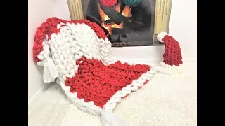 HAND KNIT A CHRISTMAS BLANKET IN 45 MINUTES!