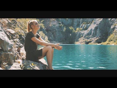 REVOLTA - Marcus Revolta ft. Petra Huliaková - Svět se změní (prod. M. Rev