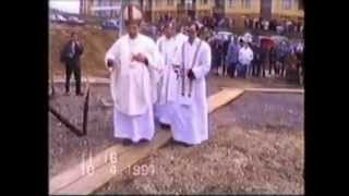 preview picture of video 'Posviacka zákl.kameňa kostola sv. J. Bosca - Brezno Mazorníkovo, 10.4.1994'