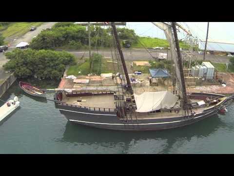 Vista aerea del barco pirata de la serie