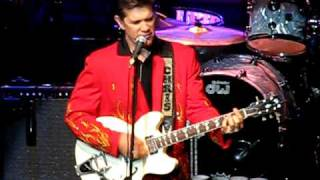 Chris Isaak live at the Voodoo Lounge  K.C.M.O.