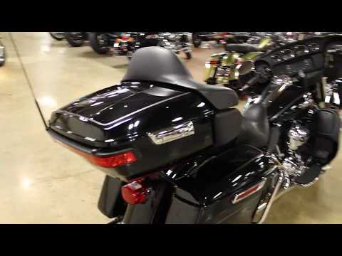 2015 Harley-Davidson Electra Glide® Ultra Classic® in New London, Connecticut - Video 1