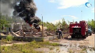 Панковку заволокло черным дымом из-за пожара в промзоне