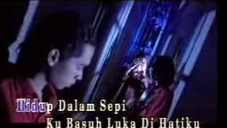Gambar cover Success - Ku Basuh Luka Dengan Air Mata ( Lirik)