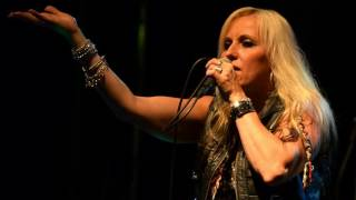 Video DORO & WARLOCK REVIVAL (CZ) - You´re My Family + Evil + Burning