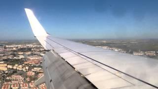 preview picture of video 'Ryanair landing at Jerez De La Frontera'