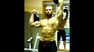 Смотреть онлайн Комплексные упражнения с гирями 16, 24 кг дома