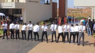 KLEIT Royal mech boys lazy dance @ KHUSHI 2K17