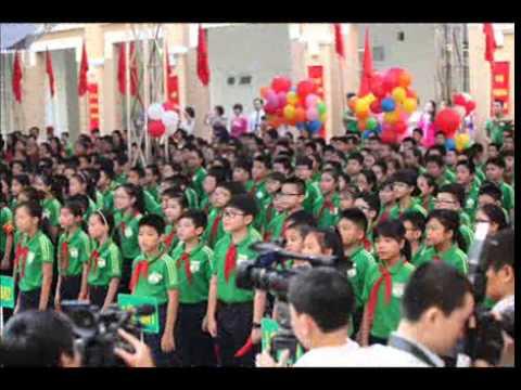 Tiếng trống khai trường năm học đầu tiên 2014-2015
