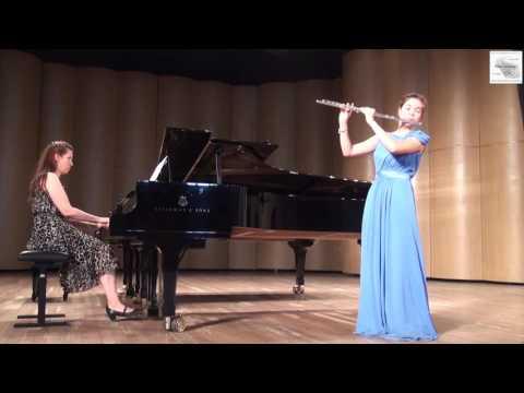 "И.С.Бах  ""Менуэт"" и"" Шутка"" исп Маргарита Галкина (флейта)Лили Мгерян(фортепиано)"
