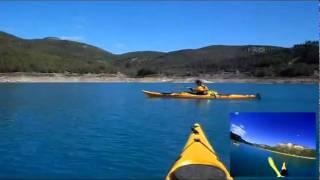 preview picture of video 'Kayak de travesía en el embalse de Arenós (Castellón) - www.ayahuascaventura.es'