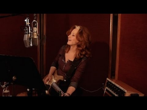 Win two FREE tickets to Bonnie Raitt concert from the Montreal Times