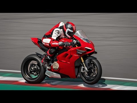 2020 Ducati Panigale V4 S in Concord, New Hampshire - Video 1