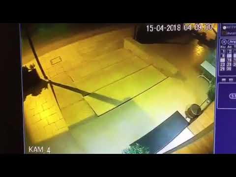 «Εισβολή» λεωφορείου του ΟΑΣΘ σε καφετέρια (βίντεο)