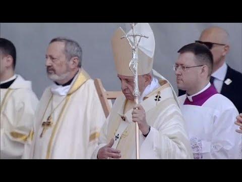 Επτά επισκόπους οσιοποίησε ο Πάπας στη Ρουμανία