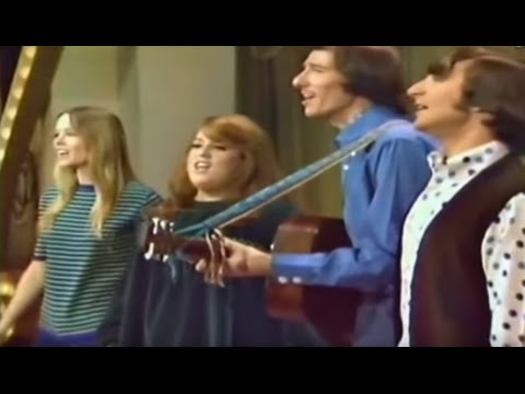 The Mamas &amp The Papas - California Dreamin&#39